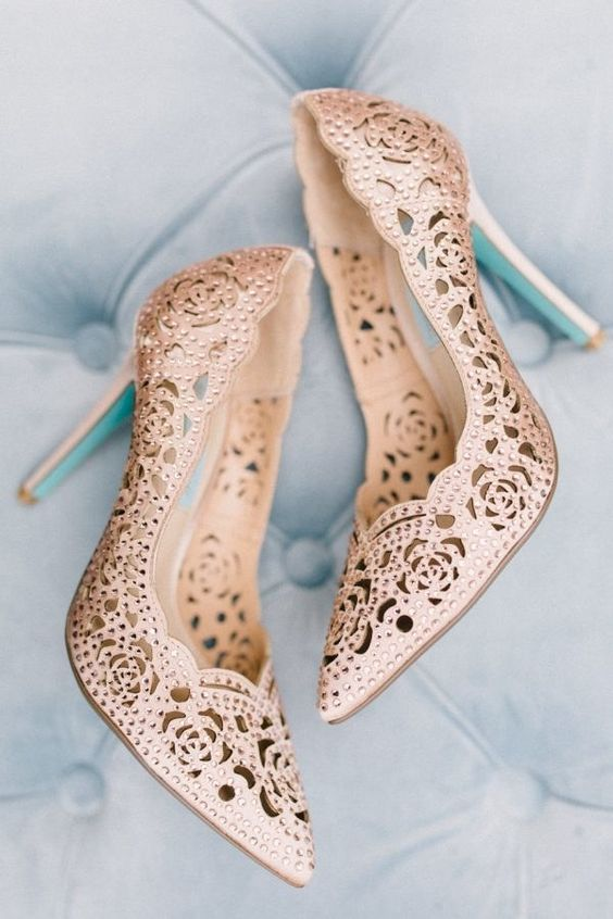 Beige Lace Wedding Shoes