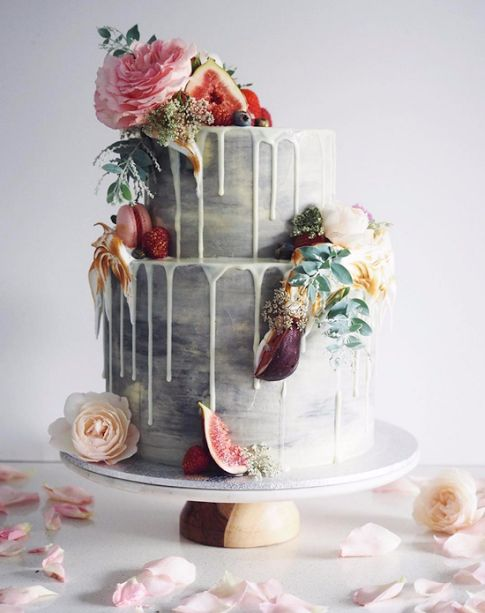 Stunning drip wedding cake with macaroons and figs by Cordy's Cakes. Are you drooling yet?