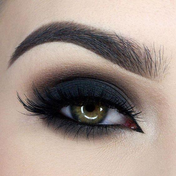 maquillaje de ojos ahumados con paso a paso perfecto y en minutos. Black Bedroom Furniture Sets. Home Design Ideas