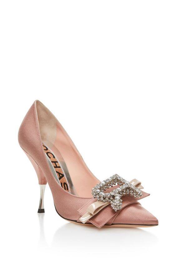 Magnífico detalle en estos zapatos de Rochas.