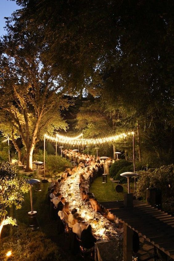Increíble boda rústica en un bosque encantado.