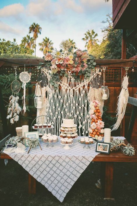 Bohemian backyard wedding dessert display. Photographer: Chris Wojdak Photography.