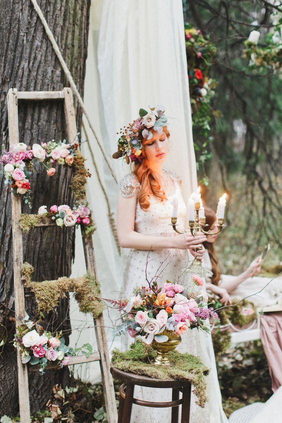 Inspiración e ideas para una boda en el bosque o de cuentos de hadas en tonos otoñales.