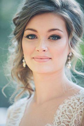 La clave para el maquillaje de novias es que te parezcas a ti misma, en una versión ligeramente más glamorosa.