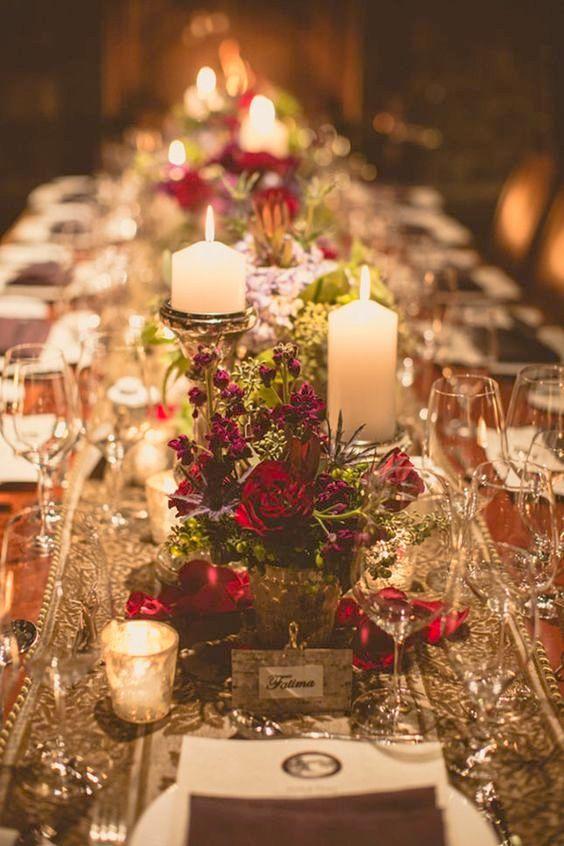 Decoración de mesa para boda en un bosque encantado. Mas romántica imposible.