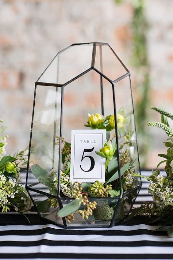 Modern copper and emerald table number ideas. Photographer: Michelle and Logan.