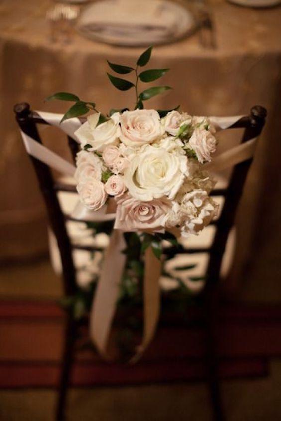 Amor a primera vista con esta boda en otoño fotografiada por Diana Elizabeth Photography en el Biltmore de Arizona.