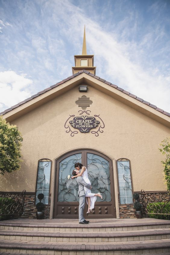 Going to the chapel, gonna get married! Las Vegas Little Chapel.