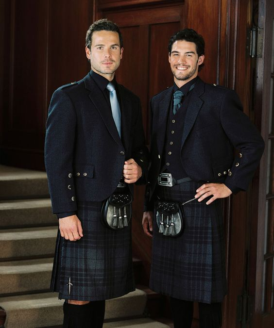 As a friend of the couple you may wear tartan kilts if the wedding you are officiating is Scottish.
