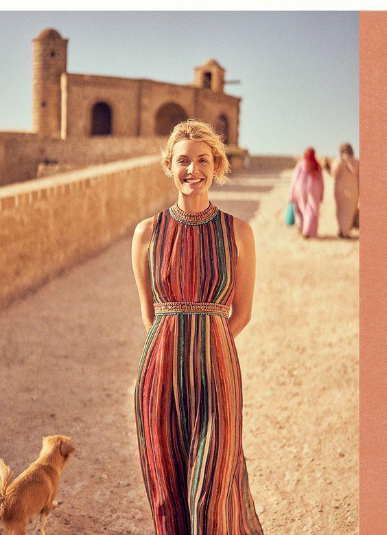 Una maxi con inspiración marroquí con hilos metalizados de Bl-nk - una de las marcas británicas mas conocidas. ¿Alguien dijo boda boho? Anthropologie.