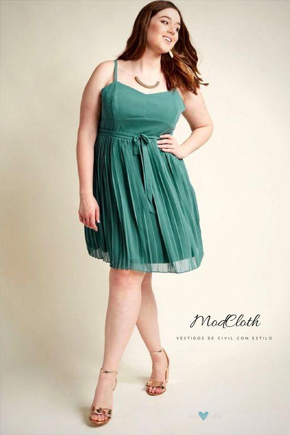 Nada despierta una actitud VIP en ti como la cintura imperio de este vestido en color verdoso. ¡No te puedes equivocar! Solo lucir chic.
