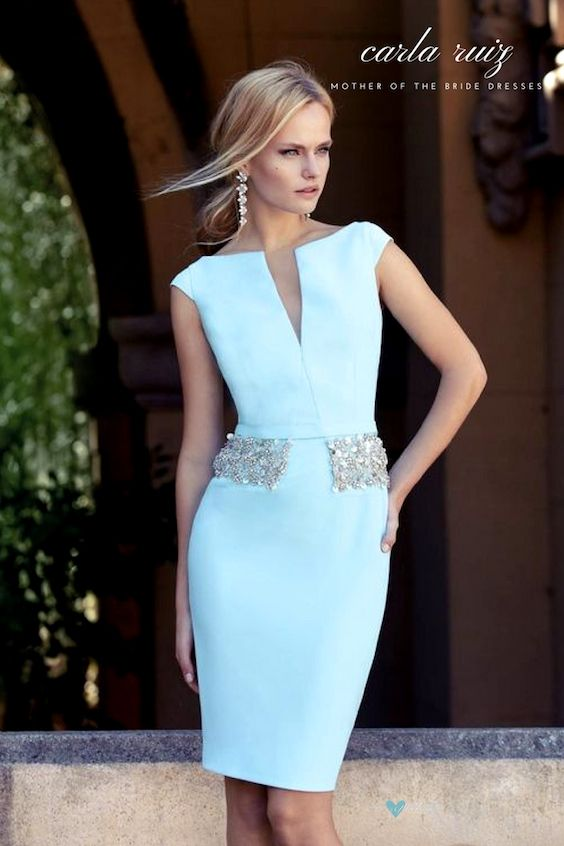 Cocktail dresses for the mother of the bride or stylish guests in light blue. Carla Ruiz.