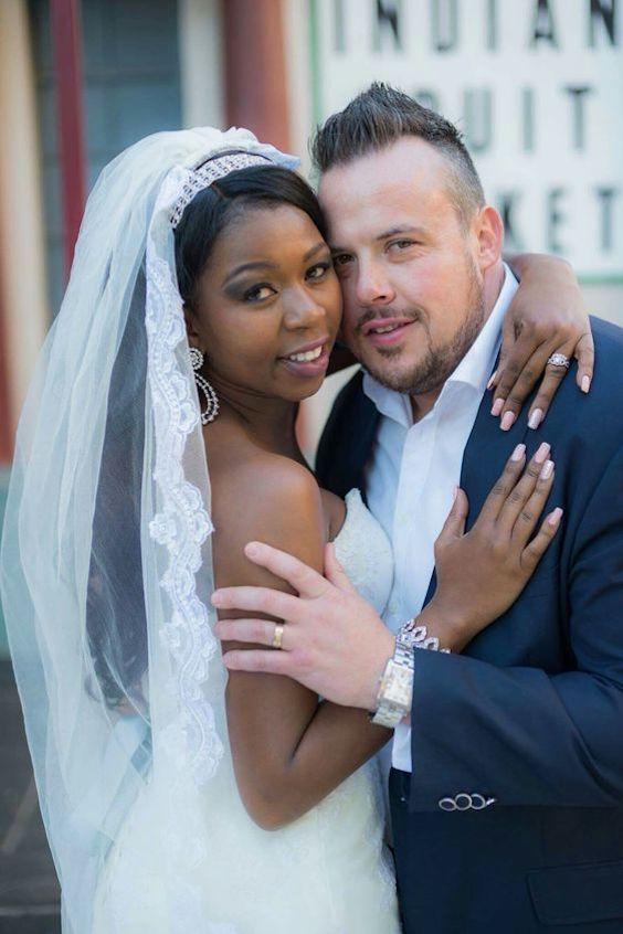 Toma nota de estas ideas para celebrar una boda bicultural.