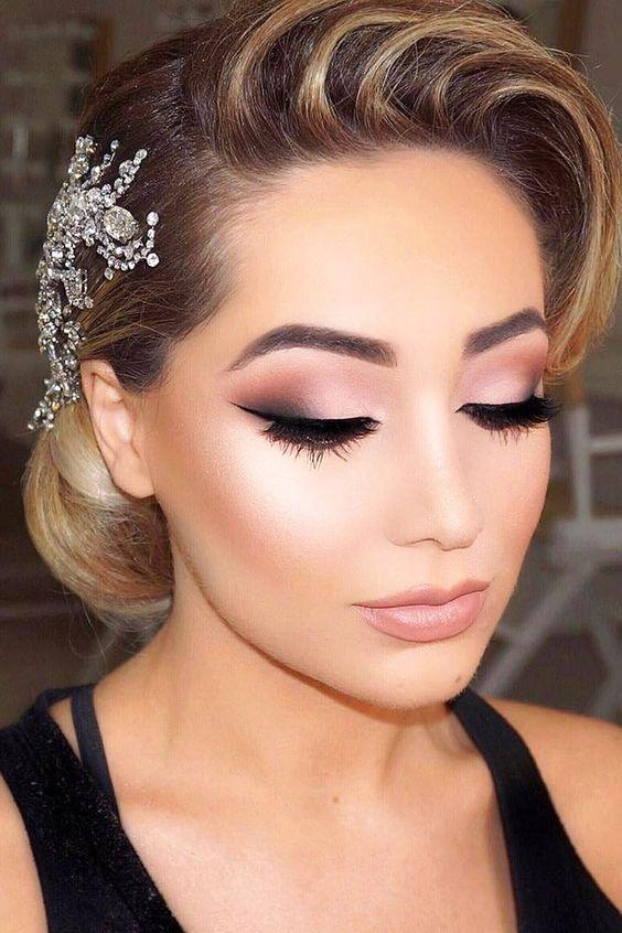 Todas las novias quieren lucir un maquillaje perfecto y para eso precisan seguir una guía esencial de belleza antes de la boda.