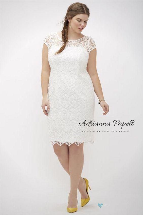 Ultra femeninas mangas de encaje en este vestido de Adrianna Papell.