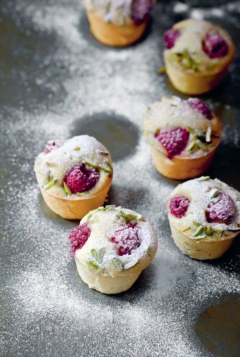 Raspberry pistachio mini almond cakes fit perfectly at a winter enchanted forest wedding. Lovely winter wedding ideas.