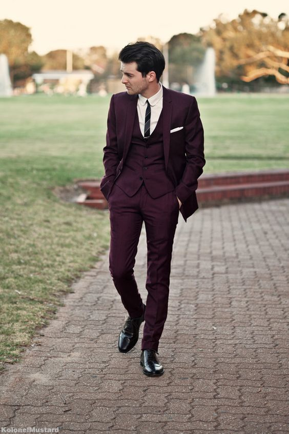 Slim fit three piece burgundy wedding suit. Kolonelmustard photography.