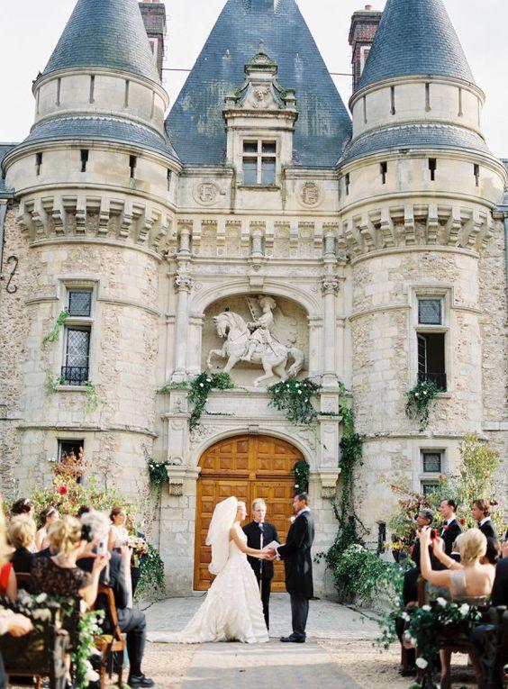 Un castillo de sueños. Los mejores consejos para elegir donde casarse.
