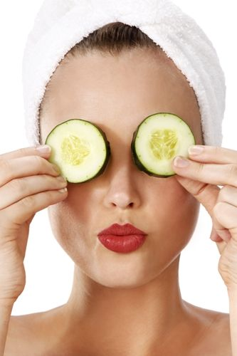 Cucumber benefits for the eyes.
