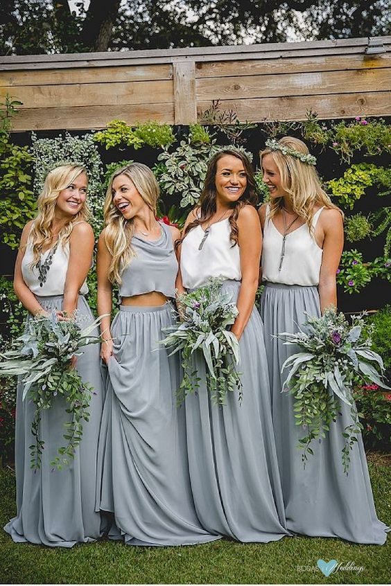 Looks de damas de honor para una boda millennial muy boho de Revelry.