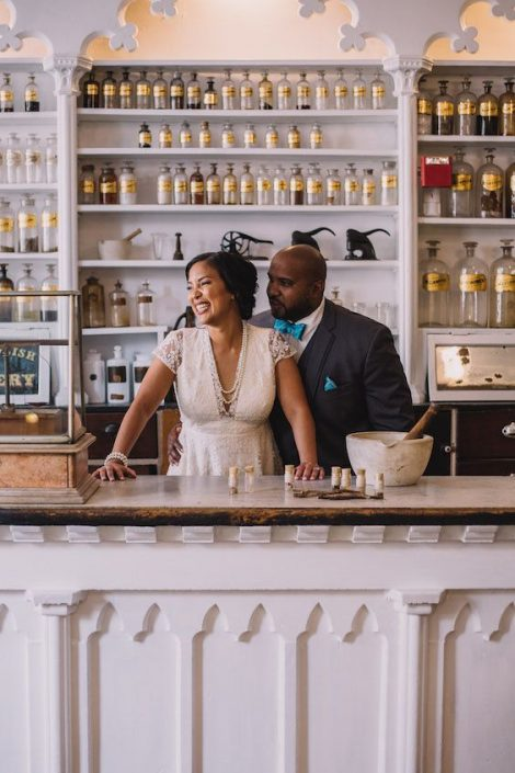 Simply by virtue of not hosting a giant party for hundreds of people, pop-up weddings will make your wallet cry tears of joy! Photography by Rachel Couch for Pop! Wed Co.