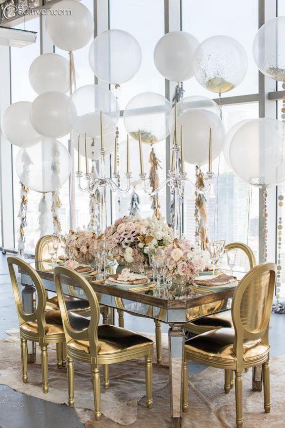 Salones de bodas con vistas de la ciudad y un mundo de elegancia en la decoración.