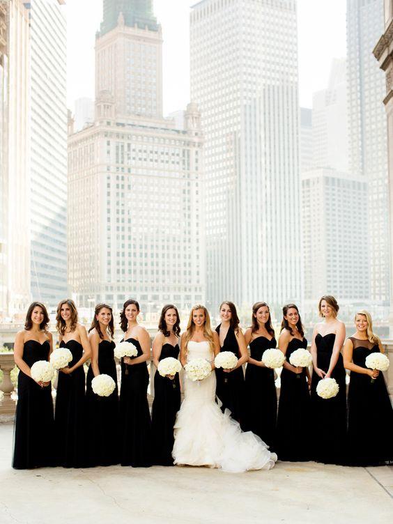Una boda donde lo tradicional se conjuga con lo rústico y lo urbano en blanco y negro en el downtown de Chicago. Foto: Olivia Leigh Photographie.