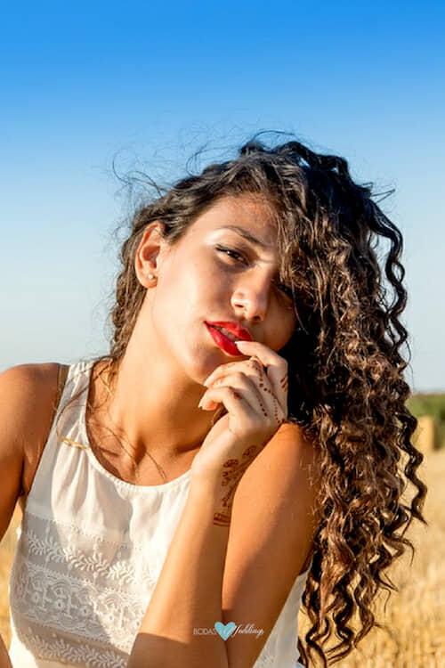Descubre si necesitas incorporar proteínas a tu rutina de mantenimiento de cabello.