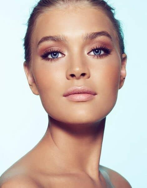 Lograr una maquillaje natural perfecto es mas trabajoso que cualquier otro.