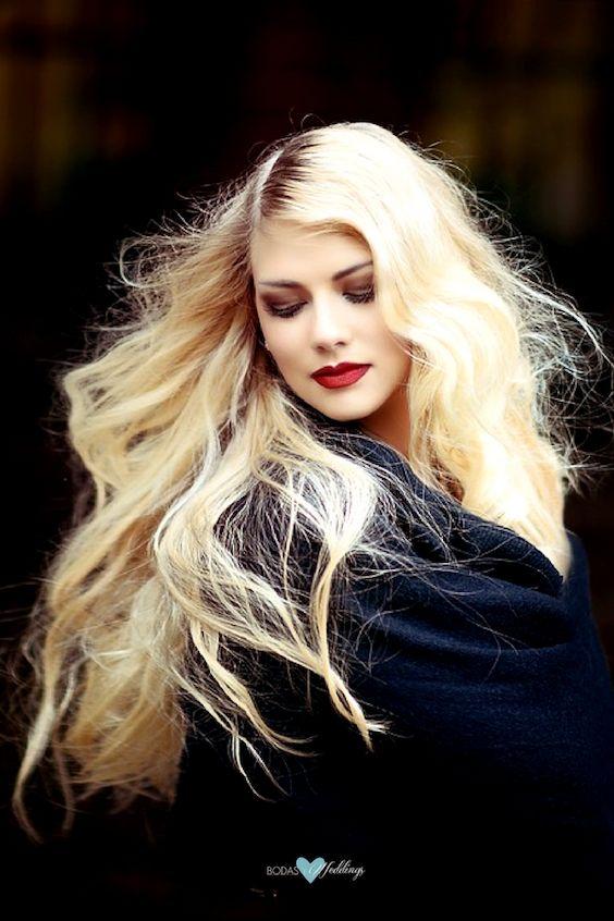 Las mascarillas para el cabello seco toman varias aplicaciones y un tiempo para restaurar tu pelo.
