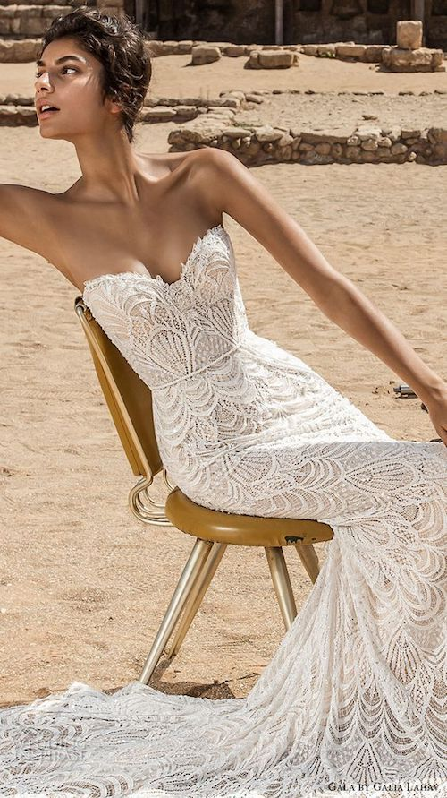 Galia Lahav bridal strapless sheath with a sweetheart neckline perfectly match sparkling wedding jewelry for a sexy and elegant look.
