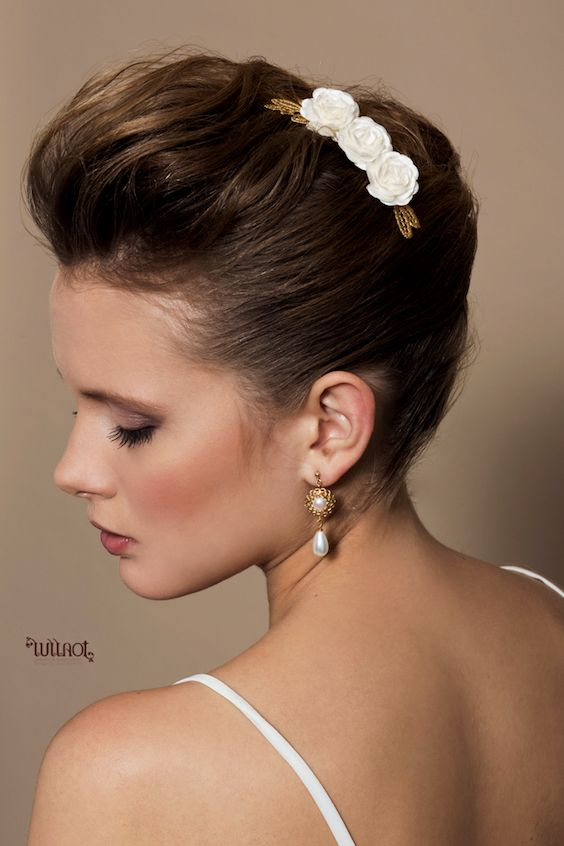 Cultured pearl earrings for the classic bride. The handcrafted gold plated filigree makes this wedding jewelry unique.