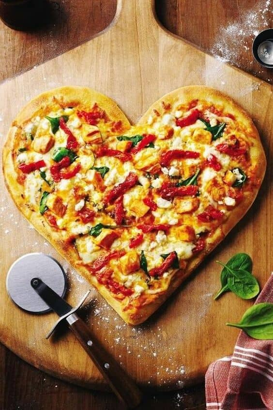 Valentine's day pizza. Loveylicious!