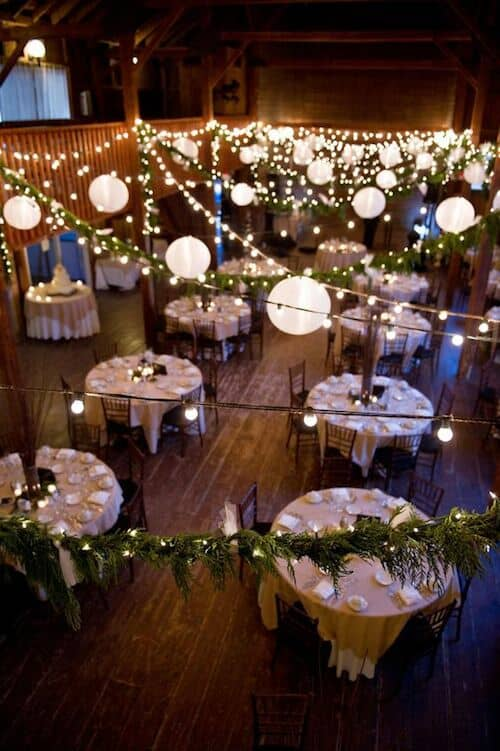 28 amazing wedding reception lighting ideas you can steal for Discount wedding reception decorations