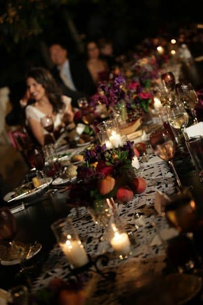 Creating the appropriate lighting mood can make or break your wedding reception. Check out these original ideas to illuminate your wedding!
