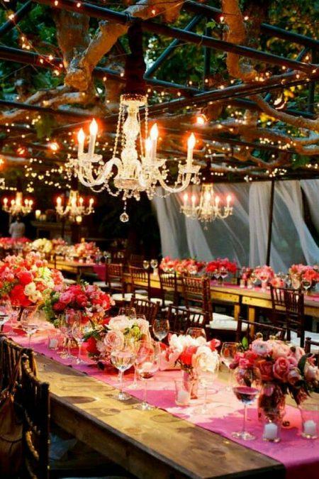 These lightning wedding decor ideas will draw your artistic vein. Napa Valley wedding. Sylvie Gil Photography.