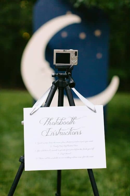 Wedding photo booth ideas that will take you to the moon and back. The tripod is so def cute!