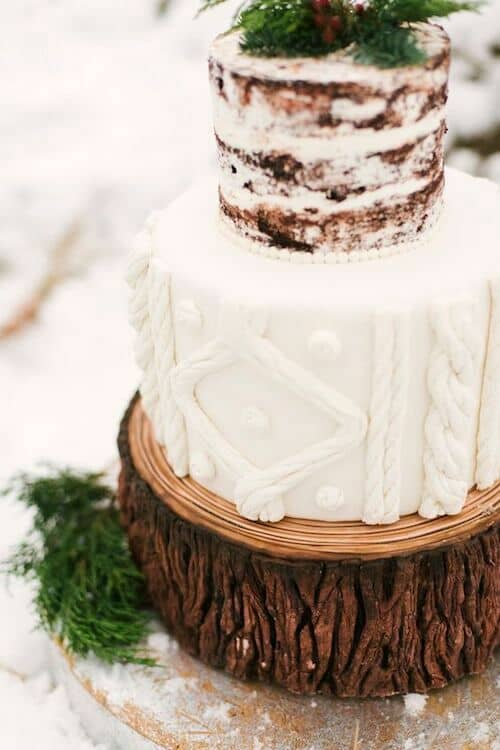 Winter enchanted forest themed wedding cakes. Photo: Alicia King Photography.