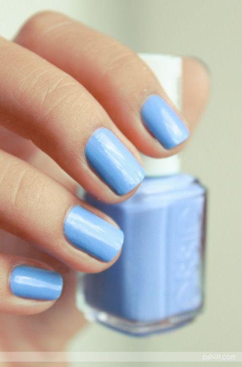 Algo azul en las uñas. Tradiciones de bodas.