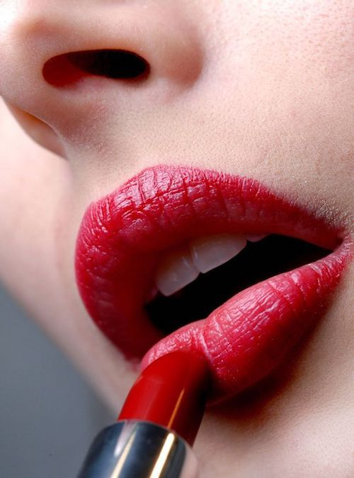 Long lasting lipstick tricks.