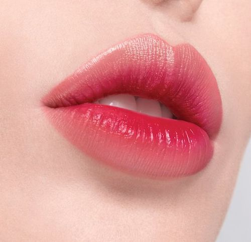 Reverse ombre lip for a fuller look.
