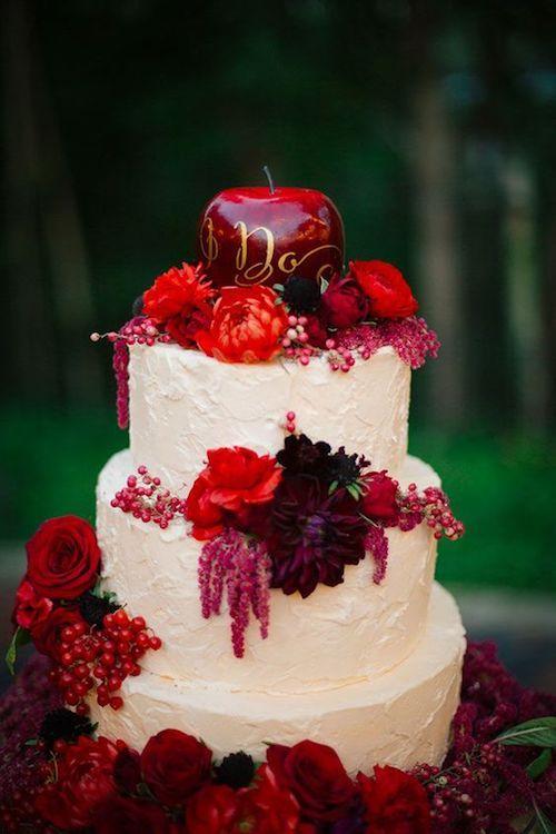Una tarta de bodas digna de Blancanieves.