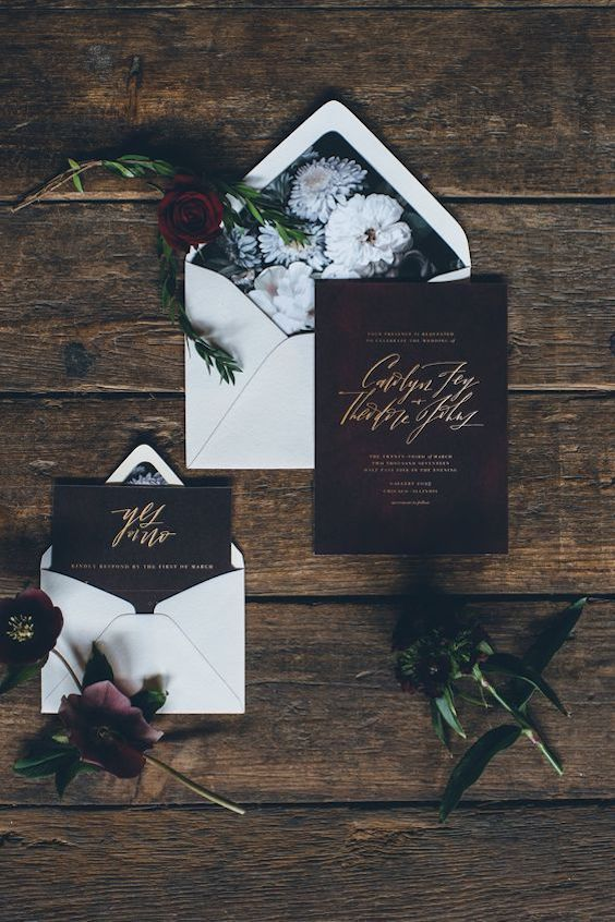 Combination black floral lined envelopes, original font pairing and gold foil invitations. Photo: Ed and Aileen Photography.