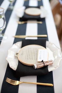 Informal table runner ideas with a very glam vibe.