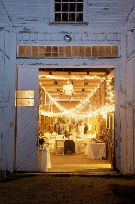 Love the warmness of the lights in the barn.