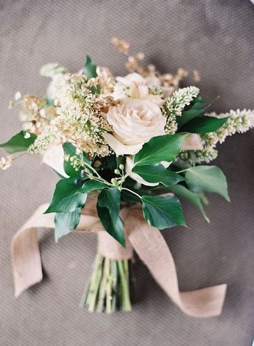 Adorable and unstructured posy bouquet. 2018 wedding trends.