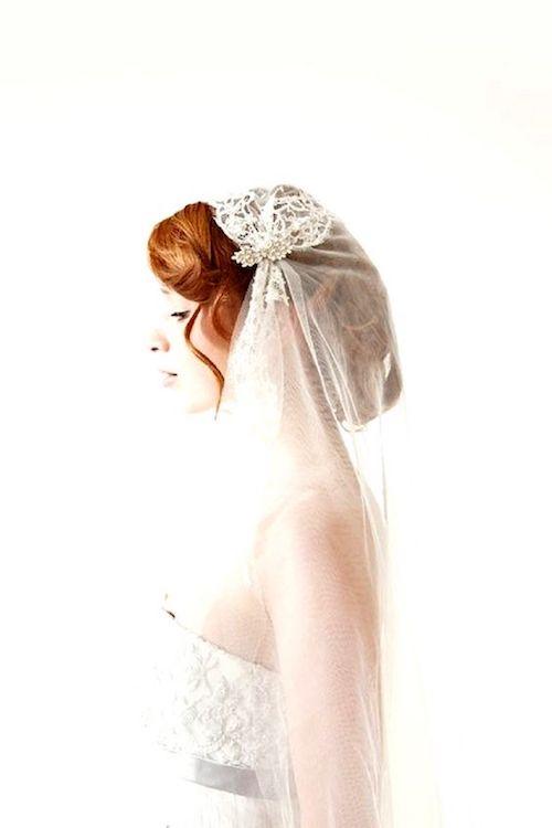 Un velo estilo Julieta inspirado en el de Kate Moss.
