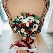 Gorgeous wedding bouquet ideas for winter that will inspire you.