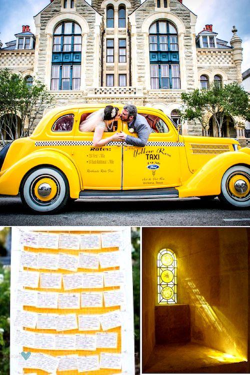 ¡Amamos el amarillo Gen Z en las bodas! Crédito de fotografía: Dempag Photo. Fotografía de bodas en Texas y MN.