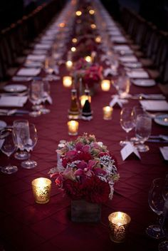 A simple yet will moody tablescape idea.